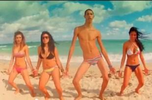 Video imperdible: El hit del verano con 'Peter La Anguila'