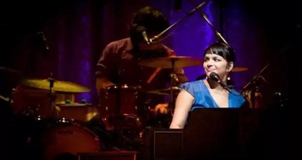 Video: El sobresalto de Norah Jones en el Luna Park