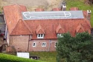 Adolescente pintó un pene gigante en el techo de su casa