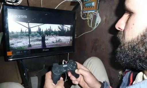 Video: Manejan tanque de guerra con control de la PS3