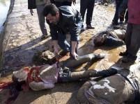 Fotos fuertes: aparecen 80 jóvenes con disparos en la cabeza