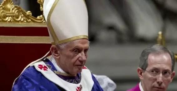 Las razones escandalosas de la renuncia del Papa Benedicto XVI