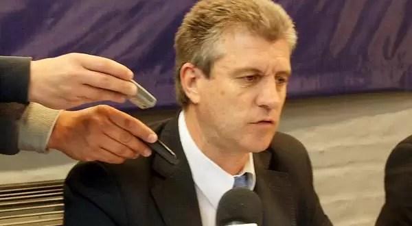 Carlos Eliceche ya renunció a su banca como diputado