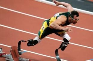 Oscar Pistorius acusado de matar a su novia