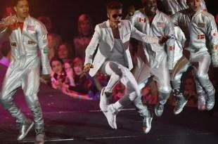Video: Abuchean a Justin Bieber durante un show
