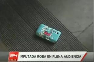 Increíble: Ladrona roba el celular a su abogada durante el juicio