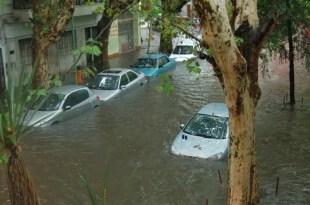 Como revivir a un vehículo tras una inundación