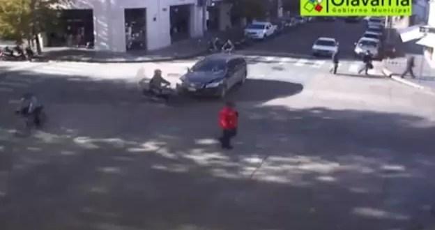 Video: doble accidente por imprudencia al volante