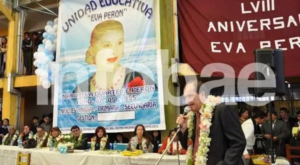 Usan la imagen de Nacha Guevara en homenaje a Eva Perón