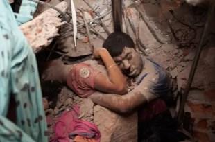 Ésta es la foto más conmovedora de la tragedia en Bangladesh
