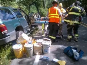 Fotos: Así quedó tras chocar con el auto lleno de pintura