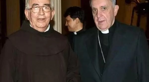 Mensaje revelador del confesor del Papa Francisco