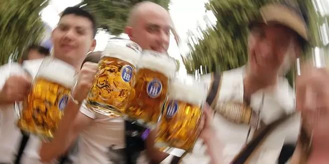 Un hombre murió al beber varios litros de cerveza