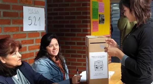 Elecciones primarias: ¿se puede cortar boleta?