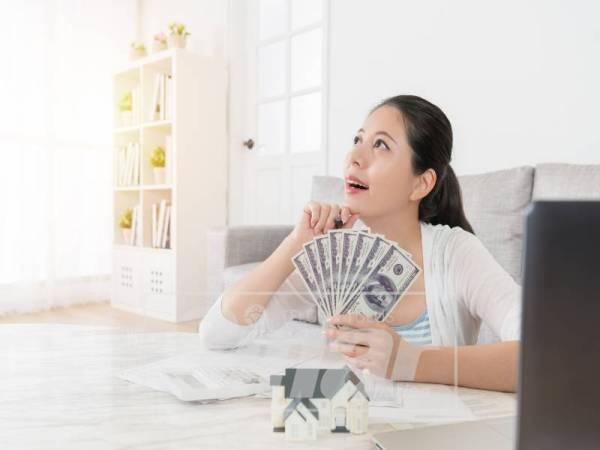 BIJAK mengendalikan kewangan keluarga dengan menggunakan aplikasi sesuai seperti  Daily Expenses 2: Personal Finance.