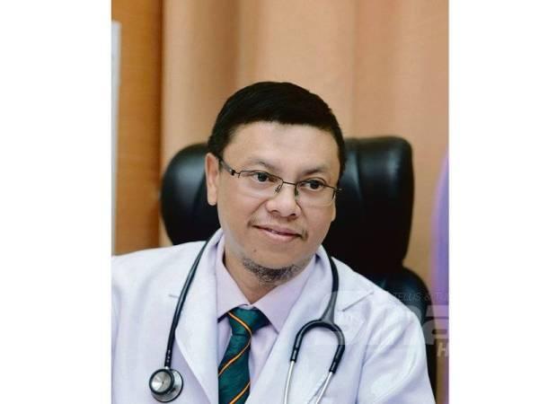 DR Anwar Samhari Arshad.