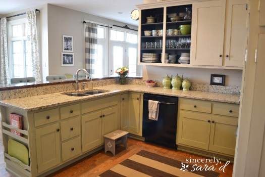 Painting Kitchen Cabinets With Chalk Paint Is A Great Option Because It Eliminates The Need To Sand Strip Or Prime Does However Have More Rustic