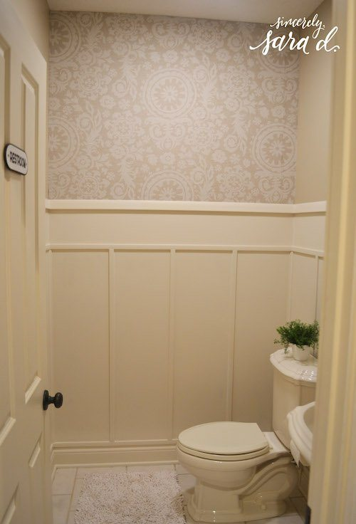 small bathrooms with wainscoting