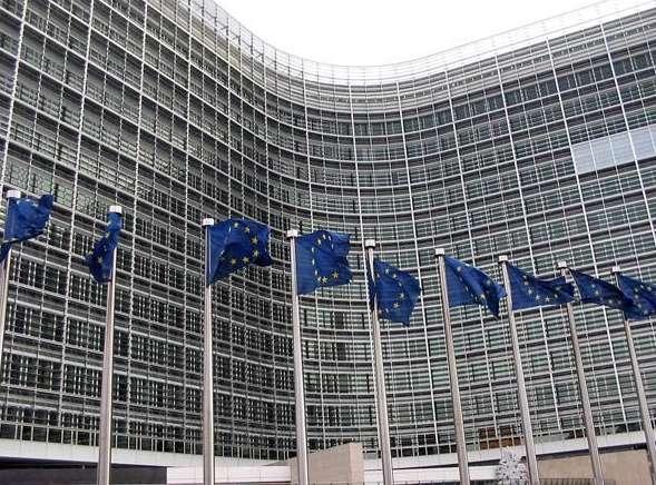 Bruselas avisa sobre el riesgo de las cláusulas suelo