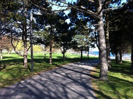 Toronto lakefront path
