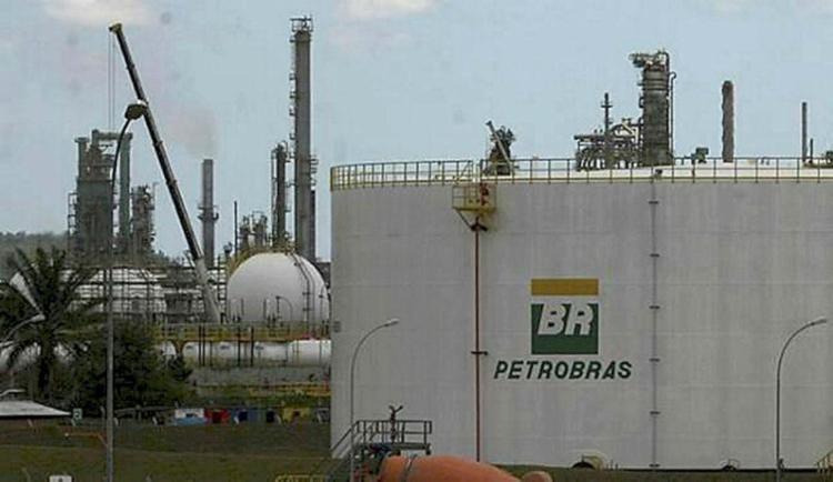 Resultado de imagem para Refinarias da Petrobras  Ultra e da Raízen