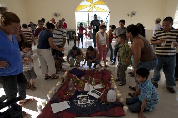 Migrantes a un año de la masacre de San Fernando. Foto: Cuartoscuro
