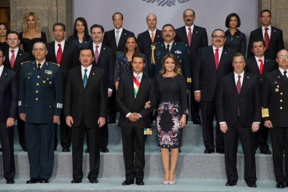 En su Segundo Informe de Gobierno, el Presidente Enrique Peña Nieto cambió el nombre de Oportunidades a Prospera. Foto: Presidencia