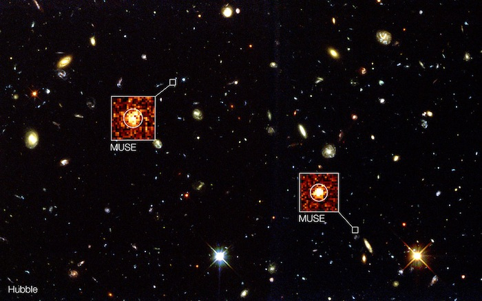 La imagen de fondo de esta composición muestra la imagen del telescopio espacial Hubble de NASA/ESA de la región conocida como el Campo profundo Sur del Hubble. Foto: ESO