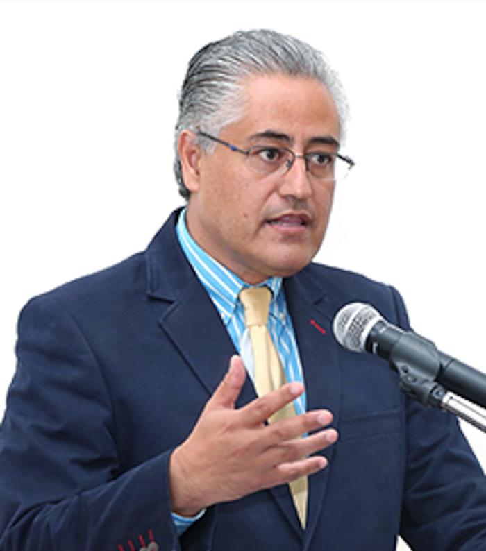 El rector de la Universidad Autónoma del Estado de Morelos (UAEM), Alejandro Vera Jiménez. Foto: UAEM