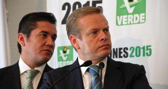 Carlos Puente, Senador, y Arturo Escobar, coordinador de la campaña electoral 2015 del PVEM. Foto: Cuartoscuro