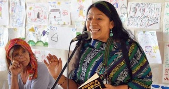 La poeta guatemalteca Rosa Chávez. Foto: EFE