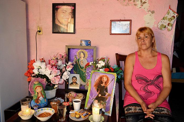Laura Arellano Rivas, madre de Juan Manuel Sánchez Arellano, vendedor de pollo. Foto: Sanjuana Martínez