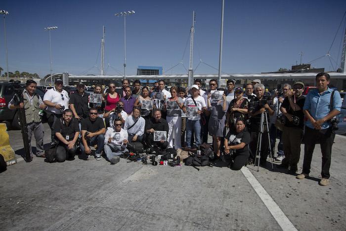 Colegas de Rubén Espinosa protestan en Tijuana. Foto: Cuartoscuro