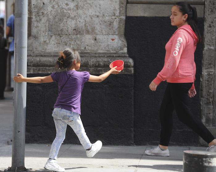 La mitad de los niños en México vive en pobreza, alertan CNDH y Redim. Foto: Cuartoscuro