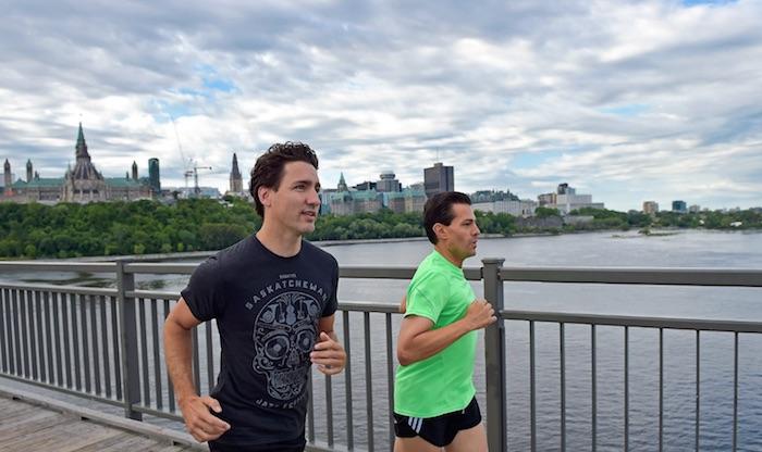 Enrique Peña Nieto y el Primer Ministro de Canadá, Justin Trudeau, salieron a correr esta mañana, en el segundo día de la vista del mandatario mexicano a ese país. Foto: Presidencia