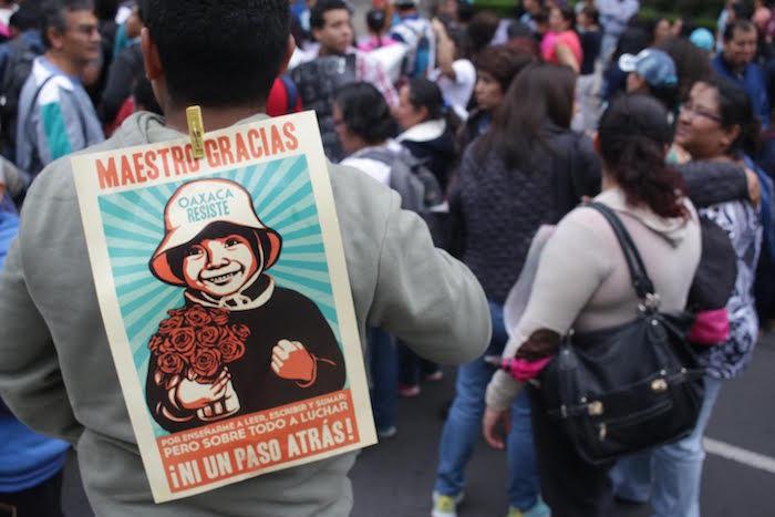 Padres de familia se sumaron este día a las movilizaciones de la CNTE en contra de la REforma Educativa. Foto: Francisco Cañedo, SinEmbargo