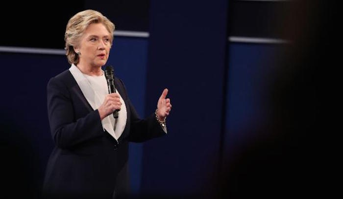 Hillary, tensa también. Foto: EFE
