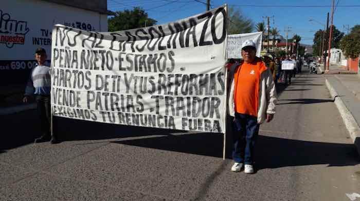 Miles en Guadalajara salen a las calles. Foto: Vía Twitter @Au_Uribe