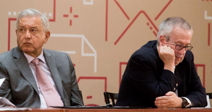 amlo urzua - López Obrador debe escuchar al nuevo Secretario de Hacienda y no negar la realidad, dice Financial Times
