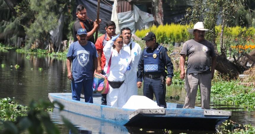 hombre ahogado xochimilco 1 - Dos hombres acusados de matar y desmembrar a una niña de 10 años son detenidos en Guatemala