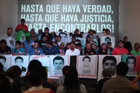 image 835 456x303 - Dos expertos del GIEI regresan a México para retomar trabajos de investigación del caso Ayotzinapa