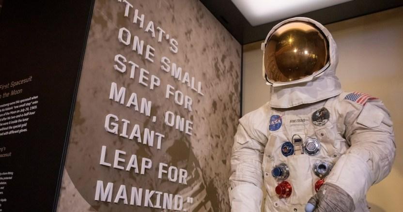 neilarmstrong - Polvo Lunar y enfermedades, entre los temores de los primeros astronautas en pisar la Luna