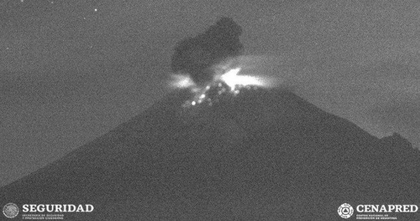 popocatepetl 1 - Protección Civil pide a ciudadanos no subir al cráter del Popo; no debe ser un reto, es imprudente, dice