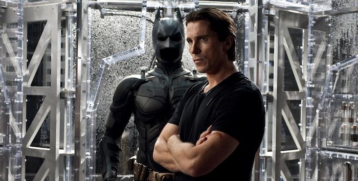 bruce - Christian Bale aconseja a Robert Pattinson sobre enfundarse en el traje de Batman