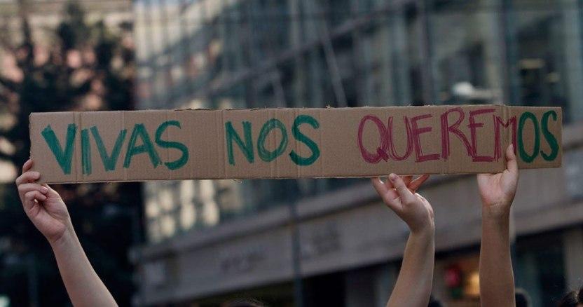 image 2020 03 06 192327 - Mujeres en el mundo marchan en el 8M con mensajes a favor de la igualdad y contra la violencia - #Noticias