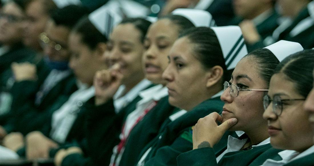 El Gobierno de México pidió esta mañana a personal médico disponible a sumarse a las tareas de combate del COVID-19, mientras el país entra a la Fase 2 porque hay contagio local. Foto: Galo Cañas, Cuartoscuro