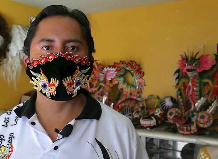 danza-folclórica-la-Diablada-Bolivia-coronavirus