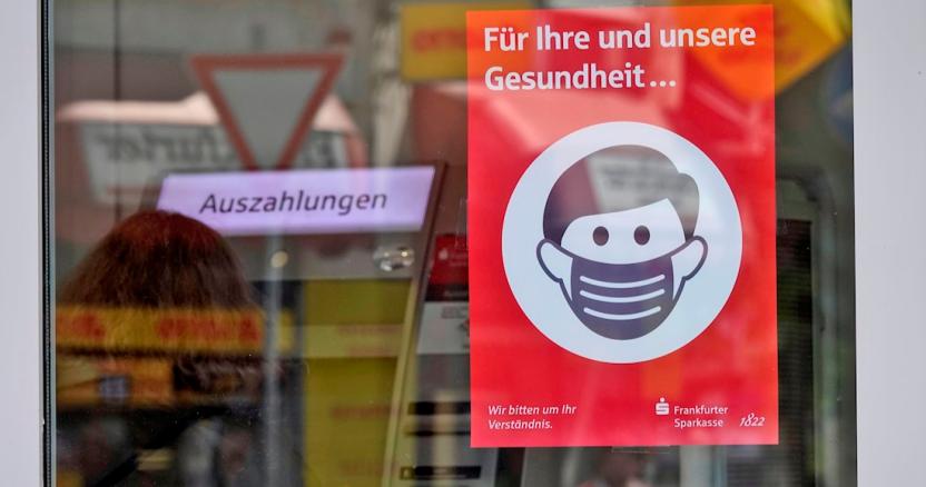 """alemania segunda ola - Miles de alemanes exigen fin a restricciones por COVID-19; llaman a celebrar """"el fin de la pandemia"""""""