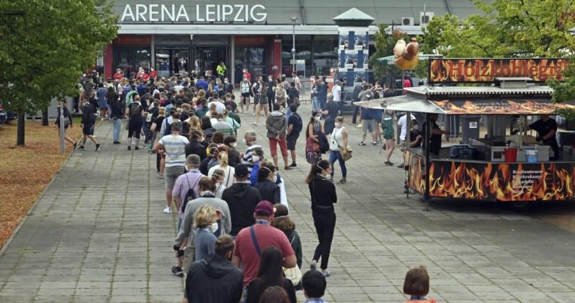 befunky collage 2020 08 22t212211 184 - Alemania descarta test obligatorio para viajeros provenientes de zonas de riesgo; harán cuarentena, advierte