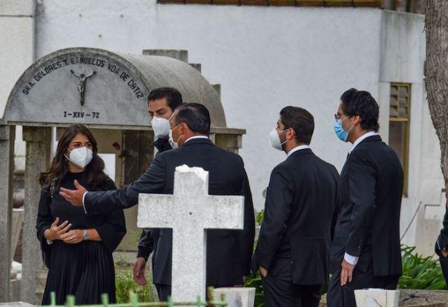 Los hijos del expresidente Enrique Peña Nieto despidieron a Luis Miranda Cardoso el pasado 12 de agosto en el Panteón de La Soledad.